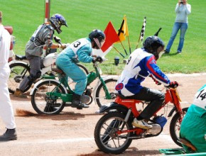 Stadion World Champ Moped Races 2